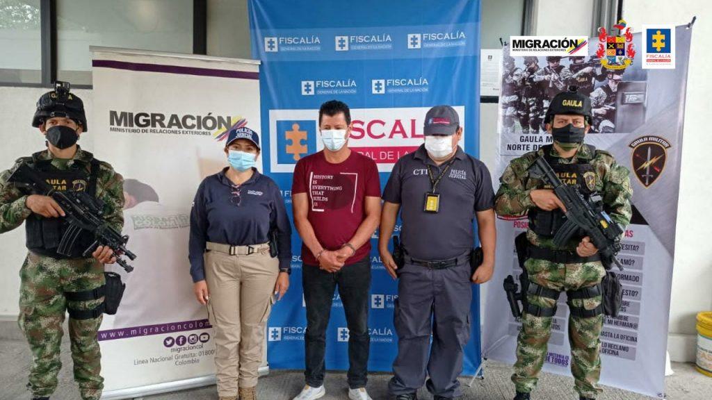 Cárcel para registrador municipal que estaría involucrado en la expedición ilegal de documentos para la venta de niños venezolanos y el tráfico de migrantes - Noticias de Colombia