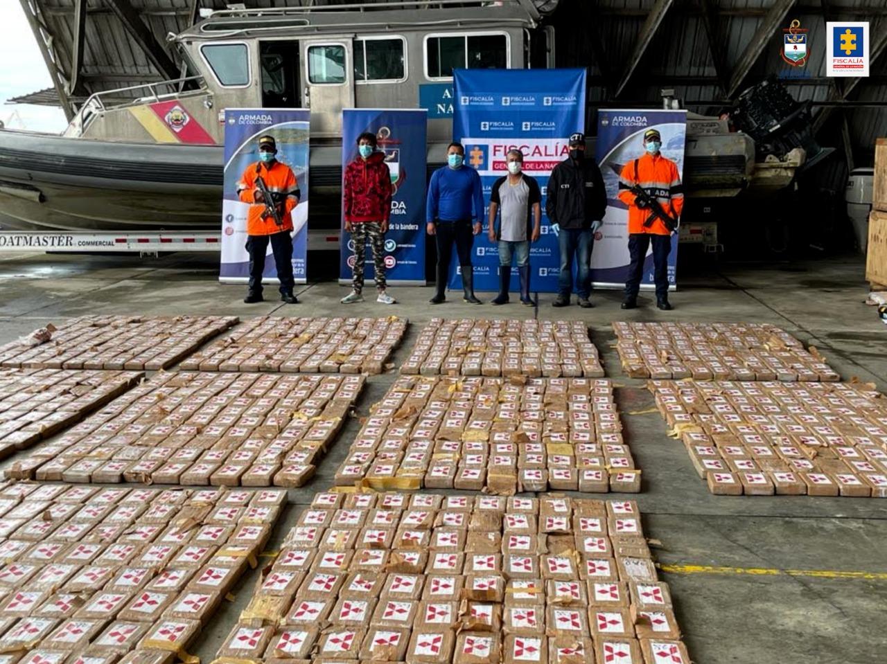Cárcel para tres hombres que al parecer transportaban media tonelada de cocaína en una lancha hacia Panamá - Noticias de Colombia
