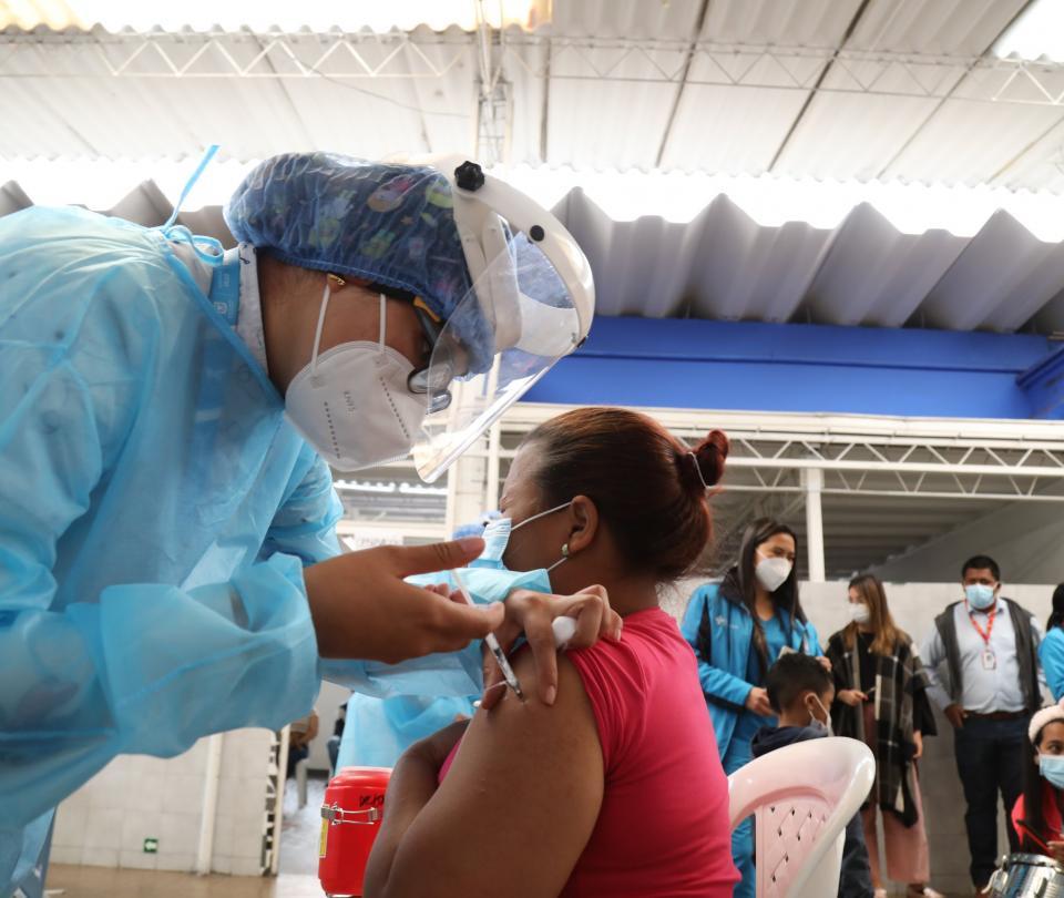 Colombia, cerca de las 15 millones de personas totalmente vacunadas | Gobierno | Economía