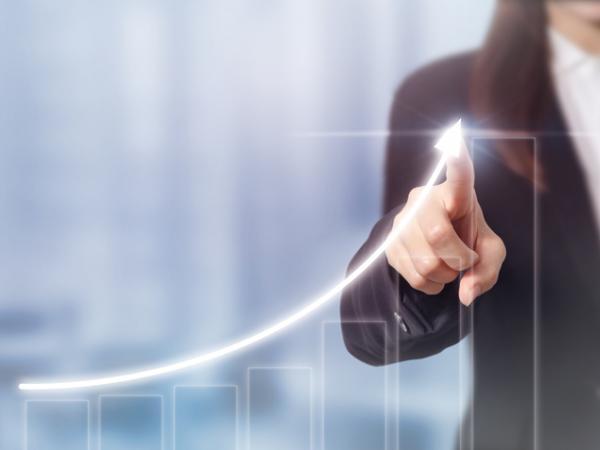 Crecimiento económico en Colombia, según mujeres expertas de centros de estudio   Finanzas   Economía
