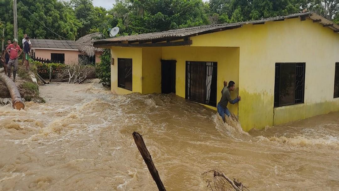 Desbordamiento del río Sinú causa emergencias en Lorica y Montería - Noticias de Colombia