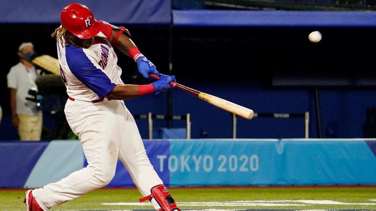 El jugador de la Liga Menor de los Medias Rojas, Johan Mieses, aplasta un jonrón en los Juegos Olímpicos