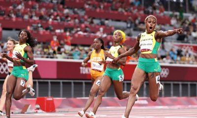 TOKIO, JAPÓN - 31 DE JULIO: Elaine Thompson-Herah del Team Jamaica celebra después de ganar la medalla de oro en la final femenina de 100 metros en el día ocho de los Juegos Olímpicos de Tokio 2020 en el Estadio Olímpico el 31 de julio de 2021 en Tokio, Japón.  (Foto de Michael Steele / Getty Images)