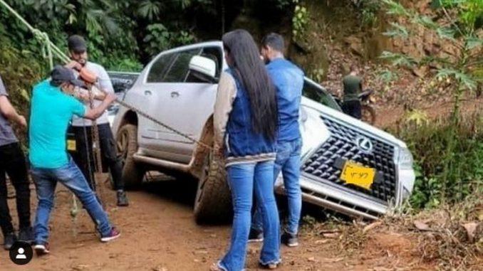 En medio de un abismo, Nelson Velásquez habría pasado tremendo susto tras concierto - Noticias de Colombia