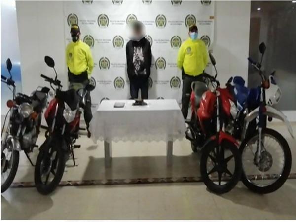 En un barrio de Pasto hallaron 'bodega' con motocicletas robadas - Noticias de Colombia