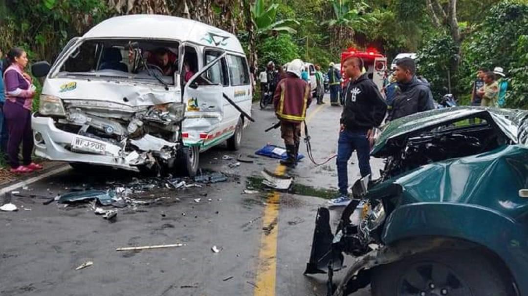 Siete heridos deja accidente de tránsito en vías de Caldas - Noticias de Colombia