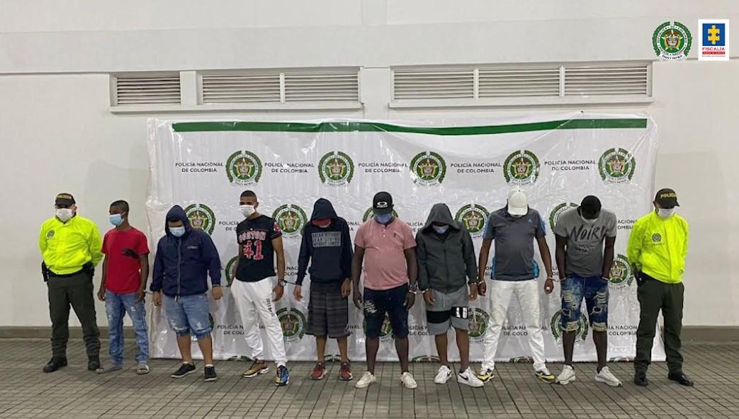 A la cárcel 8 presuntos integrantes de la banda La Comuna, quienes al parecer distribuían estupefacientes en el oriente de Cali - Noticias de Colombia
