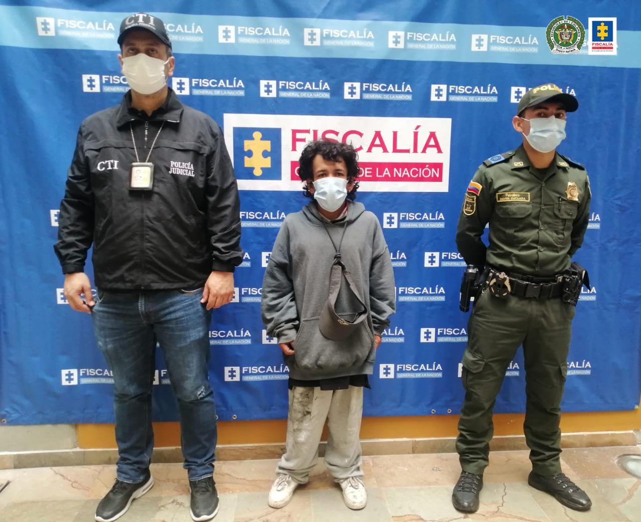 A la cárcel hombre investigado por homicidio de un extranjero que le habría negado un cigarrillo - Noticias de Colombia