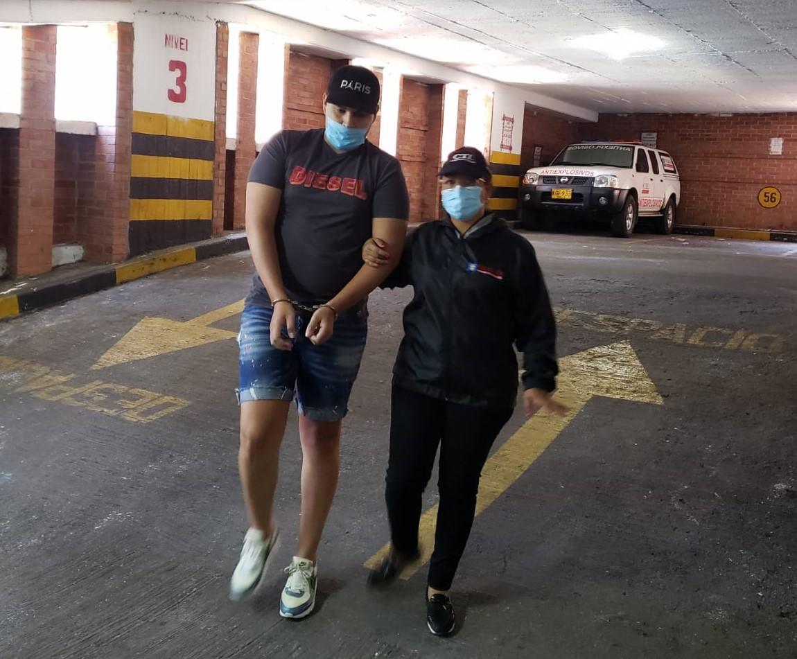 A la cárcel joven que habría contratado a sicario para asesinar a su propio padre - Noticias de Colombia