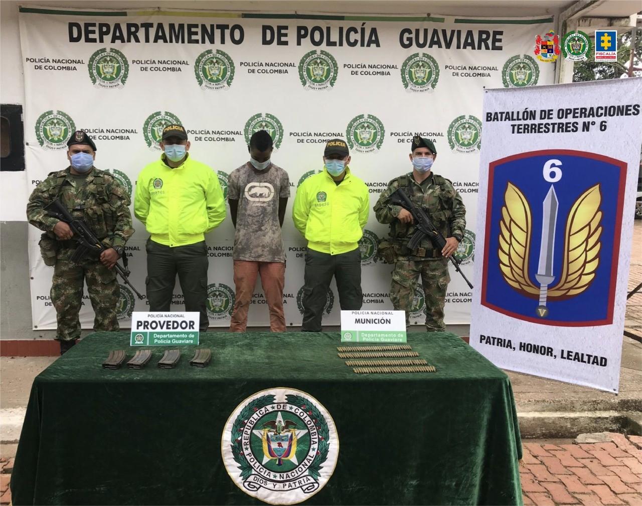 A prisión un hombre capturado en Guaviare por presunto tráfico de armas - Noticias de Colombia