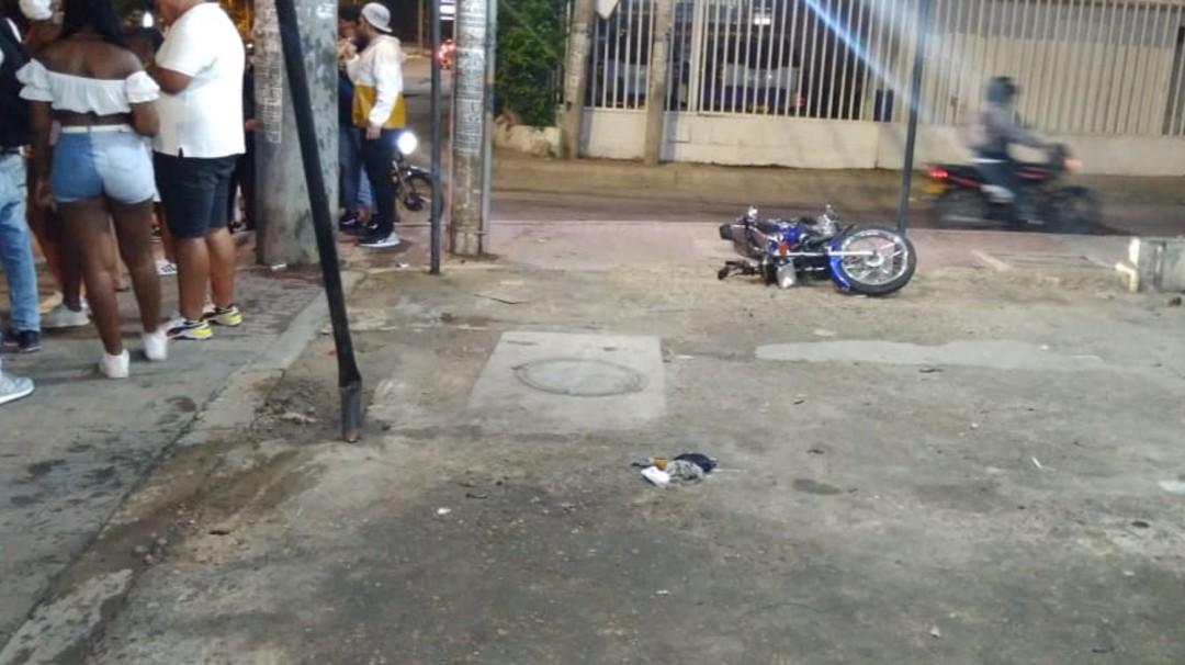 Accidente en la transversal 54 de Cartagena dejó un motociclista muerto - Noticias de Colombia