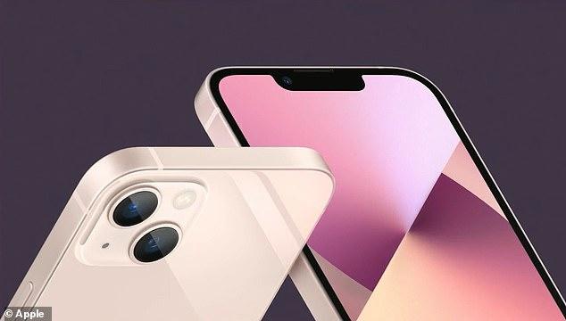 Uno de los últimos y muchos rumores sobre el iPhone 13 dijo que el teléfono inteligente se lanzaría en un nuevo color rosa y eso es lo que los usuarios pueden comprar; también está disponible para el iPhone 13 mini.