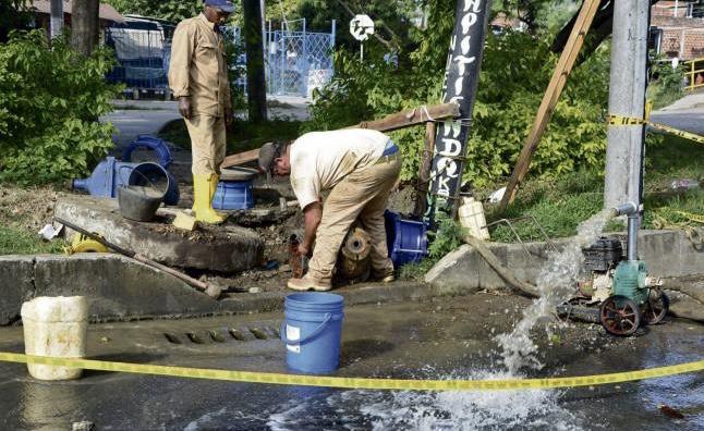Baja presión de agua en el centro de Cali por obras de EMCALI