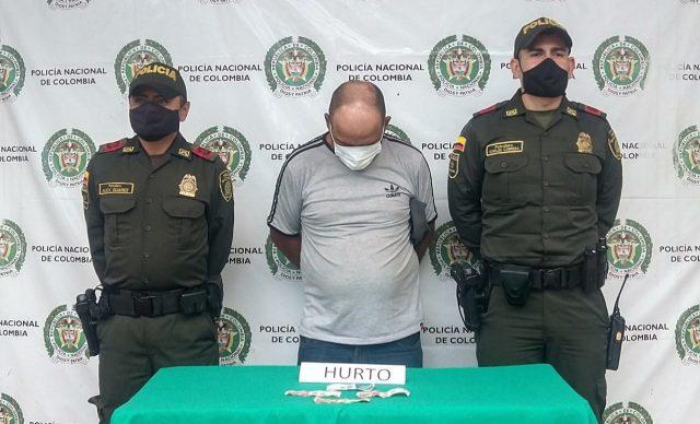 Capturado en flagrancia después de hurtarle dinero a una mujer de la tercera edad en La Tebaida - Noticias de Colombia