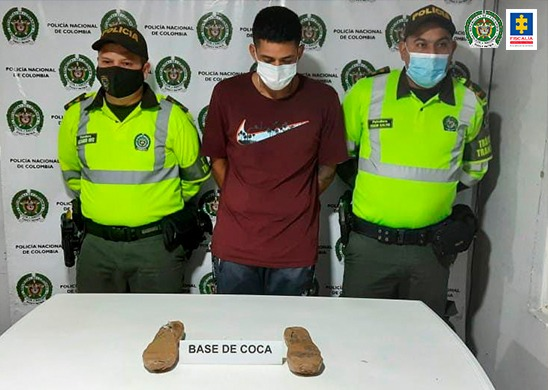 Cárcel para presunto responsable de transportar más de 1 kilo de cocaína en sus zapatos - Noticias de Colombia