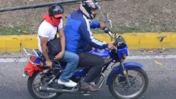Delincuentes en motocicleta están atracando en la vía la Esmeralda-Saravena - Noticias de Colombia