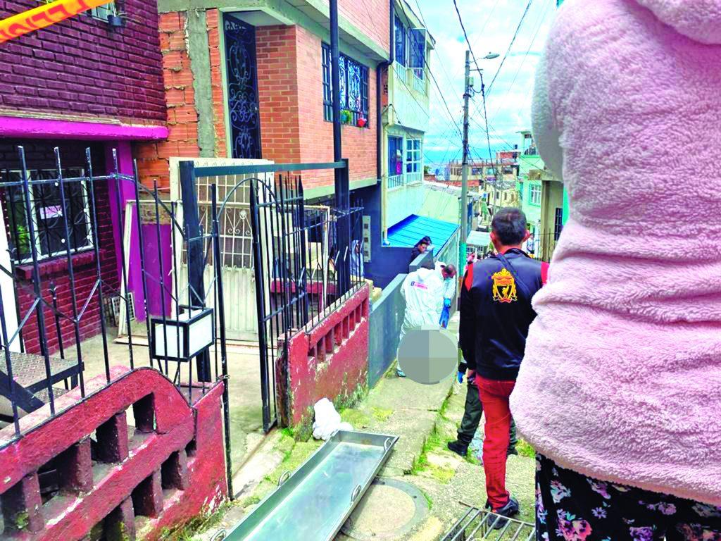 En estrecho callejón del barrio El Guavio le dieron cuatro tiros - Noticias de Colombia