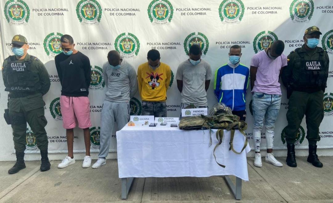 Enviados a la cárcel 5 presuntos integrantes de la banda Buenaños que estarían implicados en homicidio, extorsión y porte de armas de fuego - Noticias de Colombia