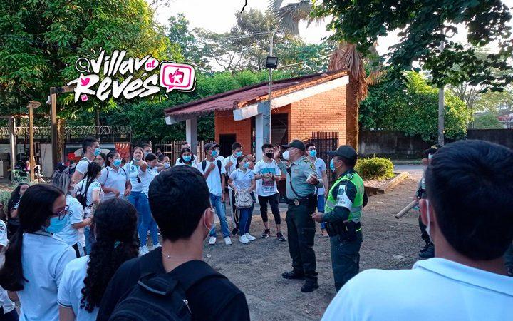 """Estudiantes disfrutaron del """"City"""" Tour del Grupo Juvenil de la Policía Nacional - Noticias de Colombia"""