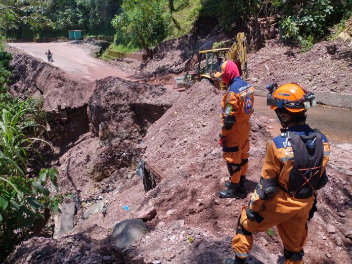 Gremios piden soluciones para la antigua vía a Bogotá - Noticias de Colombia
