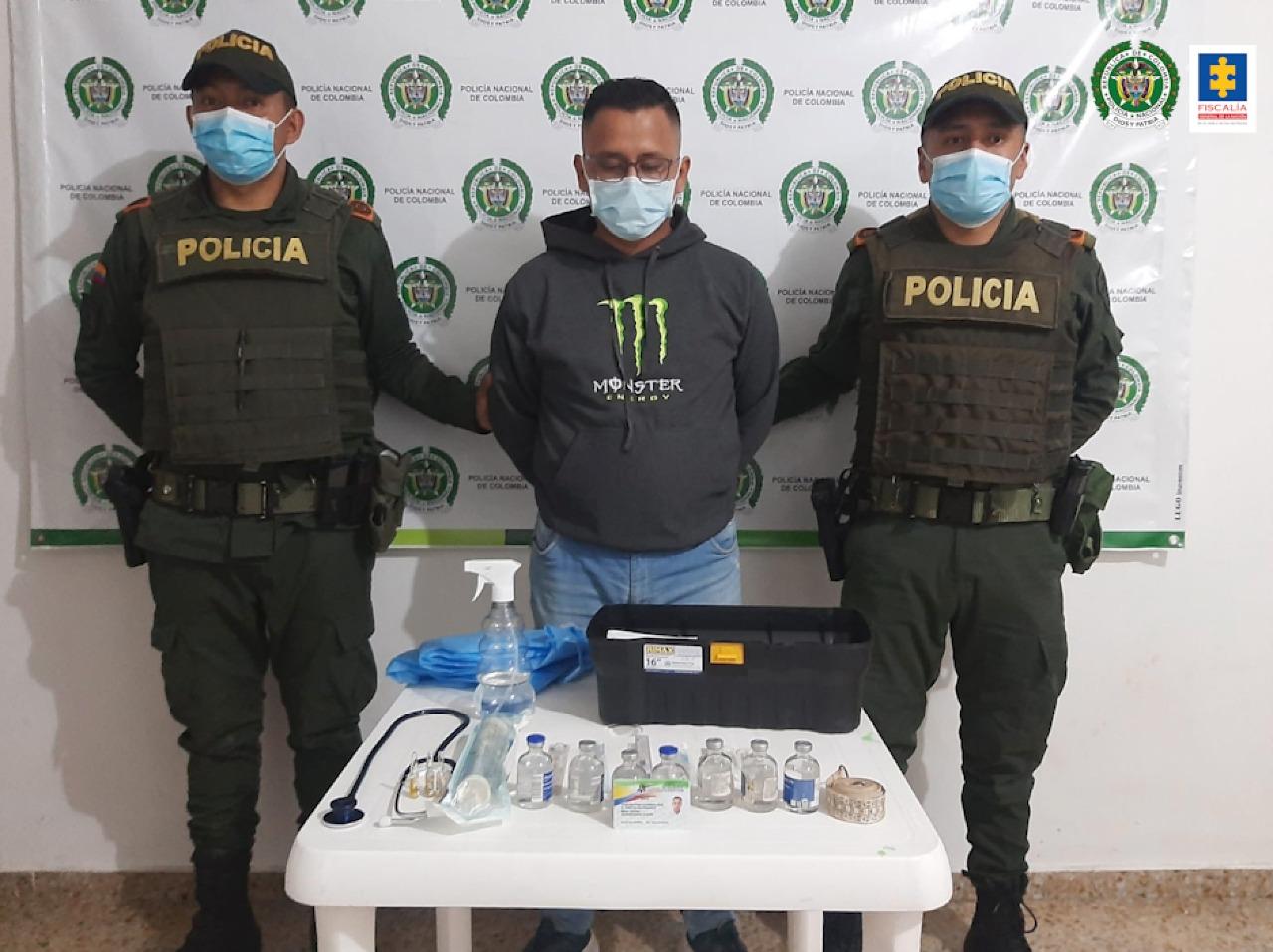 Judicializado falso veterinario que habría realizado procedimientos quirúrgicos y de esterilización a varios animales - Noticias de Colombia