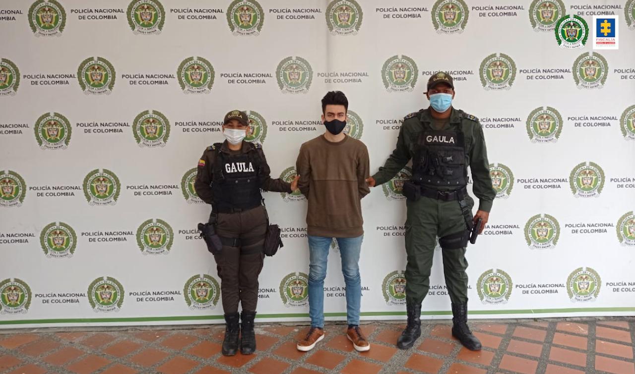 Judicializado un hombre por, presuntamente, extorsionar a una mujer para evitar publicar videos íntimos de ella - Noticias de Colombia