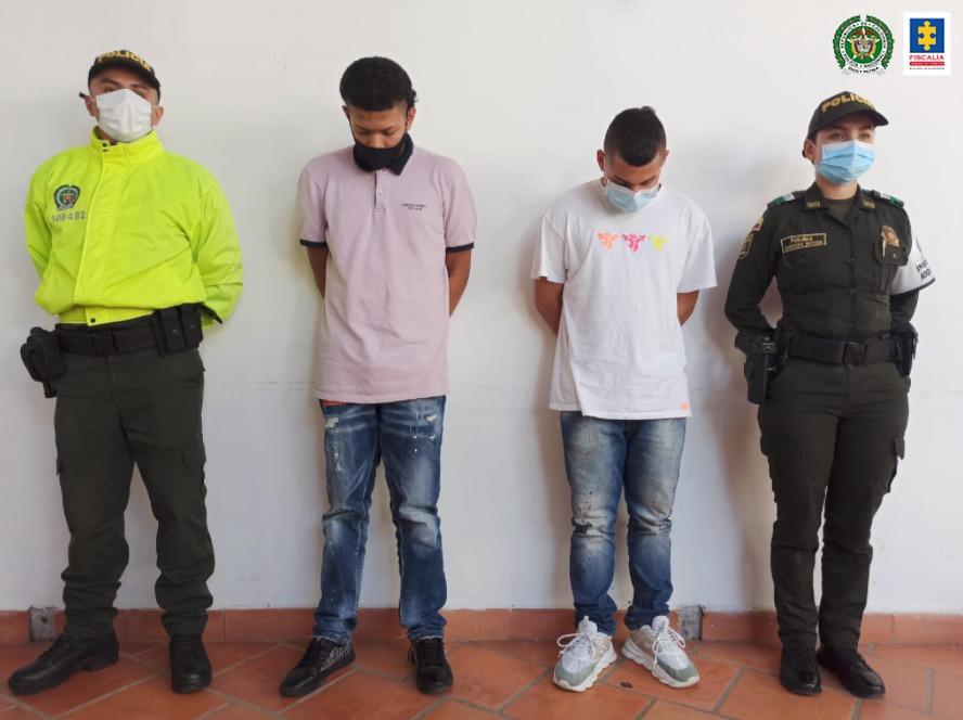 Judicializados dos adultos y cuatro adolescentes por presunto abuso sexual de una mujer con discapacidad cognitiva y auditiva en Antioquia - Noticias de Colombia