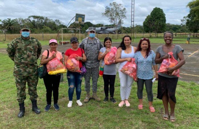 LA FUERZA AÉREA COLOMBIANA VISITÓ LAS INSTALACIONES DE PROAGRO Y EL INTERNADO DE GÜERIMA EN EL MUNICIPIO DE CUMARIBO - Noticias de Colombia