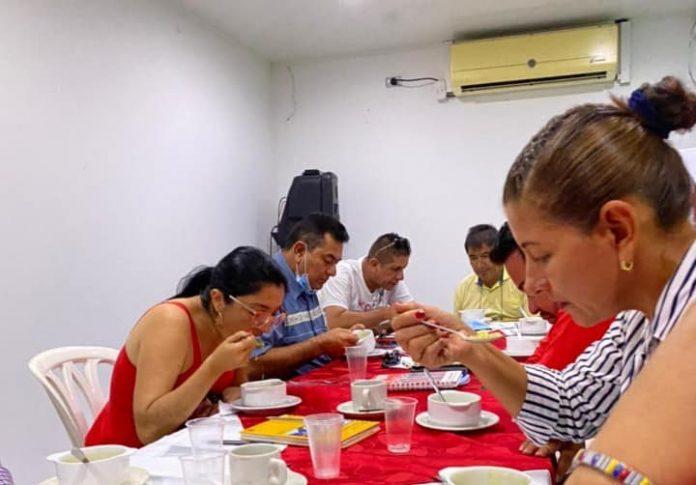 La 'Mesa de tres patas' que propone el directorio del partido liberal para continuar en la Cámara - Noticias de Colombia