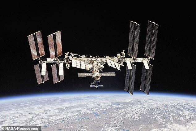 Una alarma de humo sonó el jueves en el segmento Zvezda de la Estación Espacial Internacional (ISS) de Rusia y los astronautas olían a