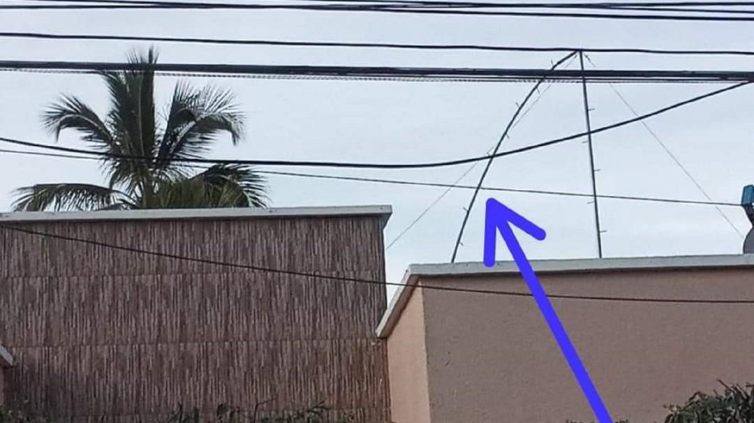 Muere un obrero al instalar antena en casa de la familia de Miguel Borja - Noticias de Colombia