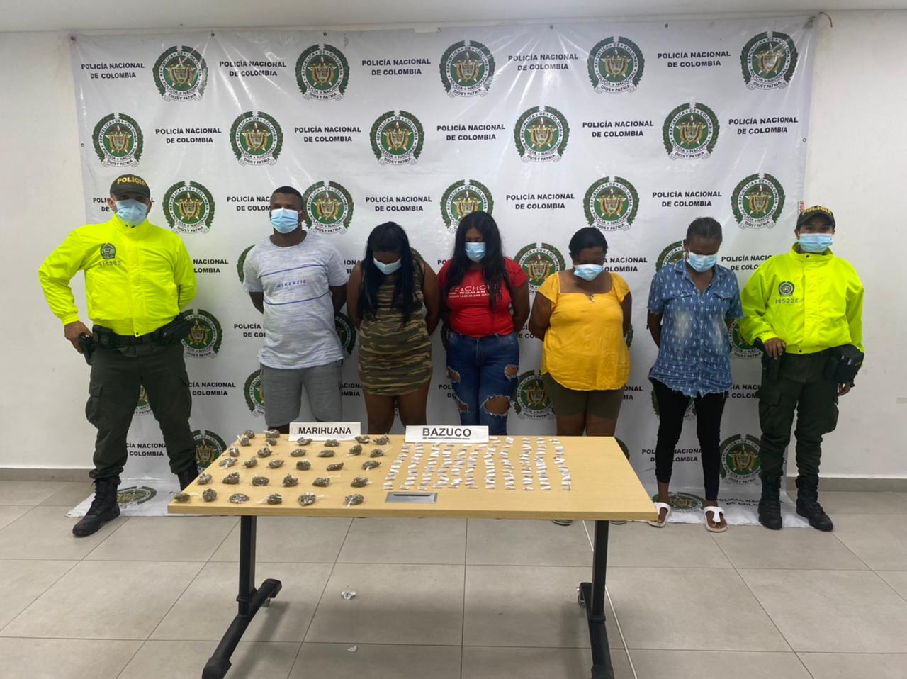 Por tráfico de estupefacientes, privados de la libertad 5 presuntos integrantes de la banda delictiva Los Brothers - Noticias de Colombia