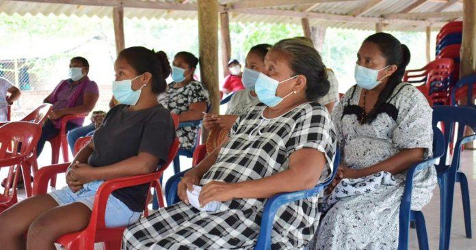 Con el propósito de articular trabajos que permitan mejorar las condiciones socioeconómicas de esta población, se realizó una mesa de trabajo con líderes y autoridades indígenas del resguardo de Cerrodeo.