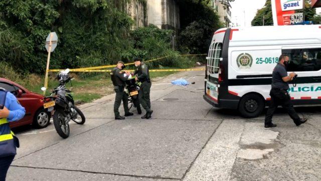 Un hombre fue asesinado con arma de fuego en el sector del puente La Giralda - Noticias de Colombia