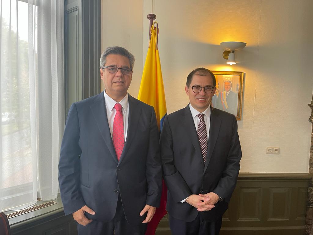 Fiscal Francisco Barbosa afianza cooperación internacional con el Embajador de Colombia ante el Reino de Países Bajos, Fernando Grillo - Noticias de Colombia