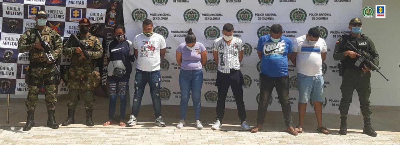 Fiscalía judicializó a siete presuntos integrantes de 'Los Conquistadores de la Sierra' que estarían implicados en homicidios, extorsiones y desaparición forzada en Magdalena - Noticias de Colombia