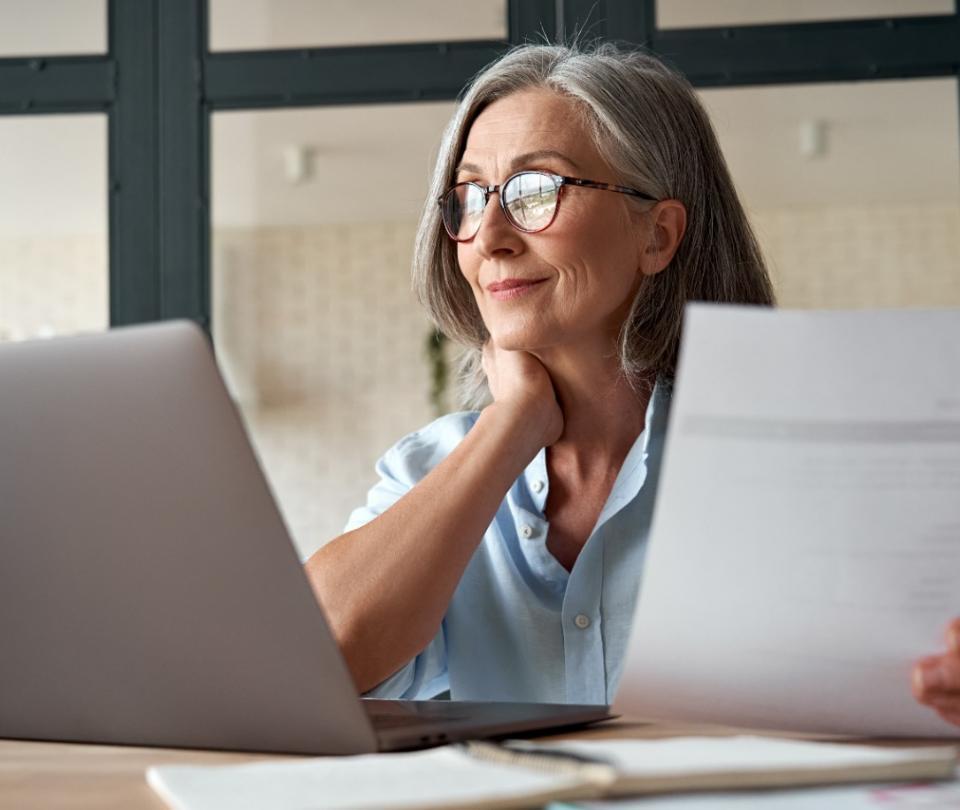 La importancia de los adultos mayores en el mercado laboral   Empleo   Economía