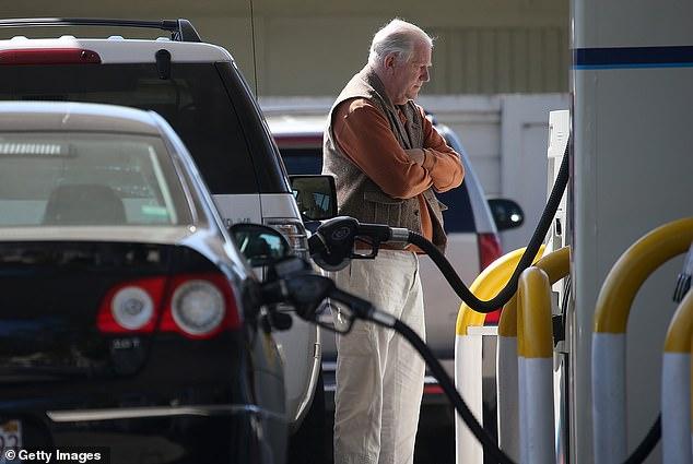Los resultados del estudio mostraron que si un automóvil se mantiene un 10 por ciento más tiempo, la propiedad promedio de un automóvil es de siete años, la huella de carbono general de los automóviles se reduciría en 30,7 millones de toneladas.