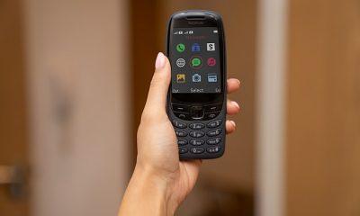 Nokia está relanzando uno de sus teléfonos móviles clásicos, el 6310 'brick' para conmemorar los 20 años desde que fue lanzado por primera vez en el Reino Unido.