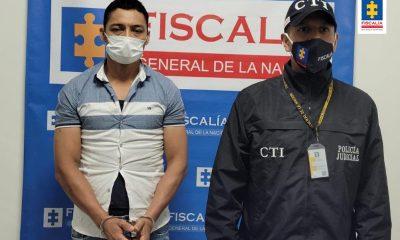 Privado de la libertad por presunta agresión con arma blanca contra su compañera sentimental y su suegra - Noticias de Colombia