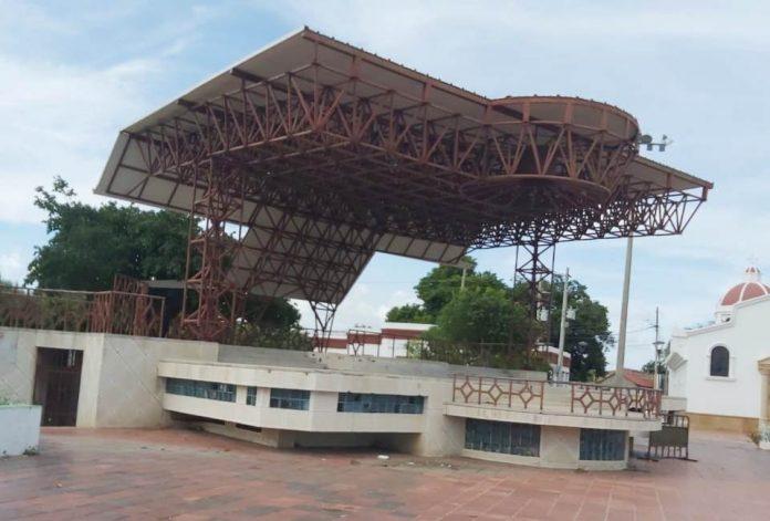 La plaza José Prudencio Padilla se encuentra lista para recibir a los visitantes y a los residentes para que se reencuentren después de estar separados por la pandemia.