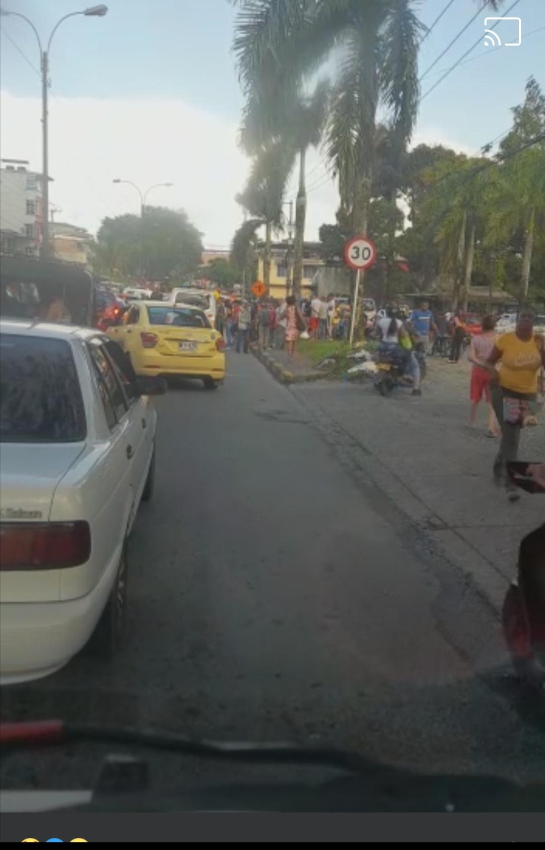 Un hombre sufrió un atentado mientras se movilizaba en un vehículo público en Buenaventura|